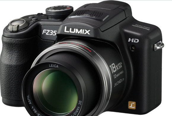 Super zoom camera shoot-out sees Panasonic FZ35/FZ38 and Canon SX20 IS triumph