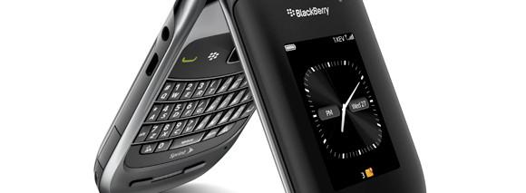 BlackBerry Style 9670 clamshell for purple-loving flippers