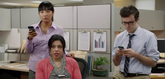 Surprisingly amusing AT&T Blackberry Torch video promo goes viral
