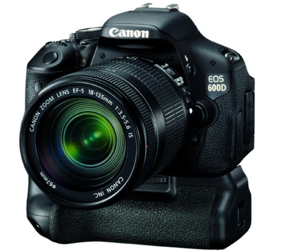 Canon EOS 600D offers 18MP and HD movies in budget package