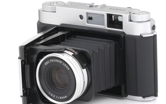 Fujifilm GF670 medium-format folding rangefinder camera hits the UK