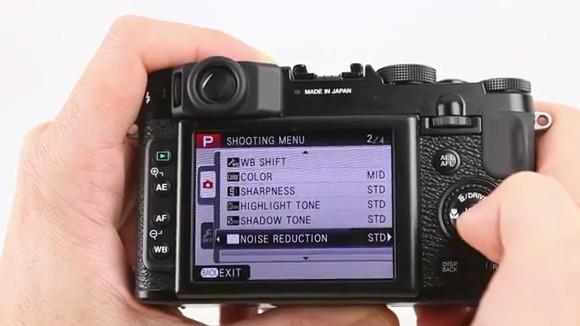 Fujifilm X10 enthusiast retro camera gets hands-on review