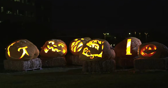 Google get into the Halloween spirit with time-lapse pumpkin carving