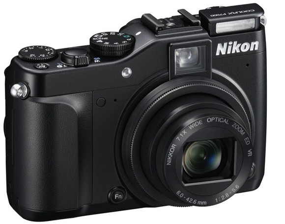 Nikon Coolpix P7000 high end compact=