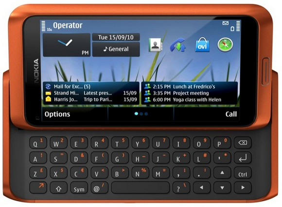 Nokia Communicator returns with the Nokia E7