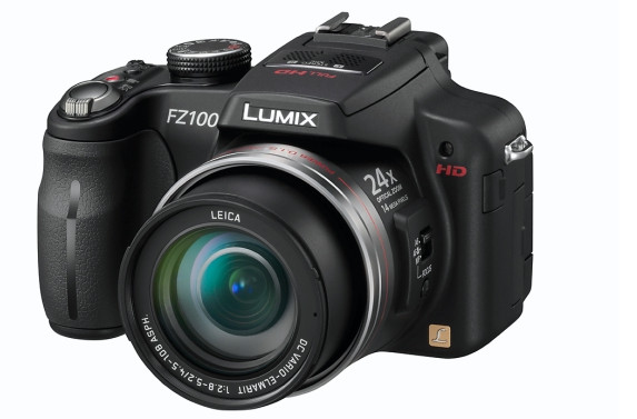 Panasonic Lumix DMC-FZ100 - our king of the superzooms for the summer