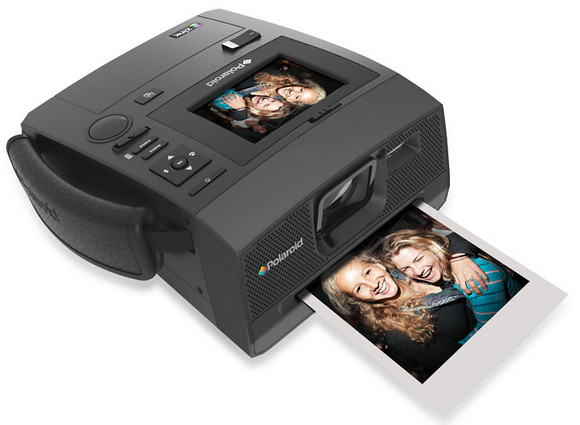 Polaroid is back with Z340 instant digital camera and printer