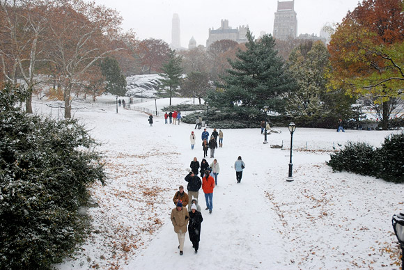New York city parks get free wi-fi courtesy of AT&T