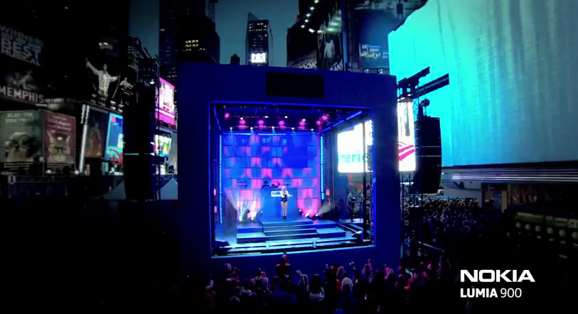 Nokia launches Lumia 900 with glitzy Times Square pop event