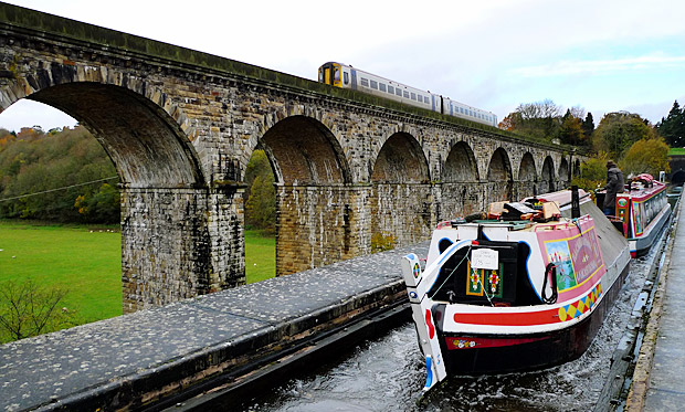 Google Maps to offer route details on UK canals, rivers and waterways