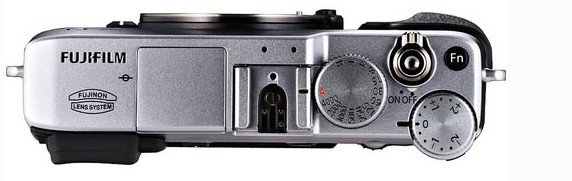 umoured to be a X-Pro 1style but without the fabulous hybrid viewfinder, the X-E1 packs an EVF viewfinder and does look rather spiffing: