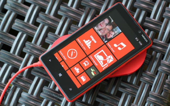 Nokia unveils Lumia 820 and 920 Windows Phone 8 smartphones