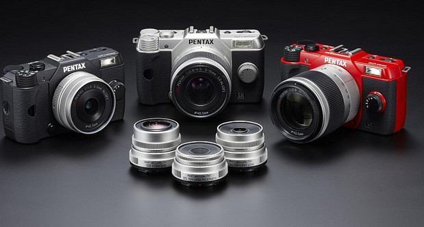 Pentax Q10 - super small compact system camera for pixies