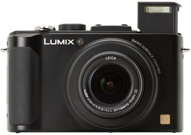 Panasonic Lumix LX7 compact camera picks up enthusiastic reviews