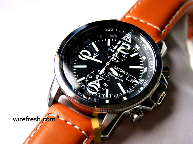 Seiko SSC081 solar chronograph watch cuts the WW2 fighter pilot look - review