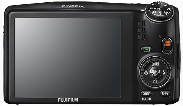 finepix-f900exr-compact-2