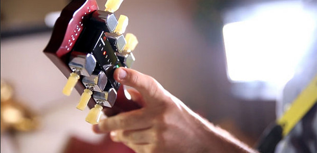 Gibson's Min-ETune brings affordable autotune to guitars