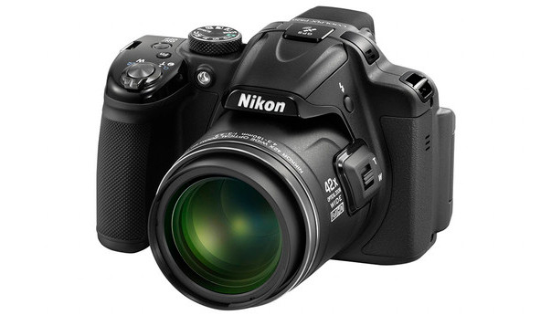 Nikon introduces Nikon Coolpix L820 and P520 superzoom cameras