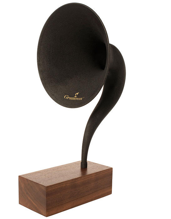 Gramovox Bluetooth gramophone horn goes beyond retro
