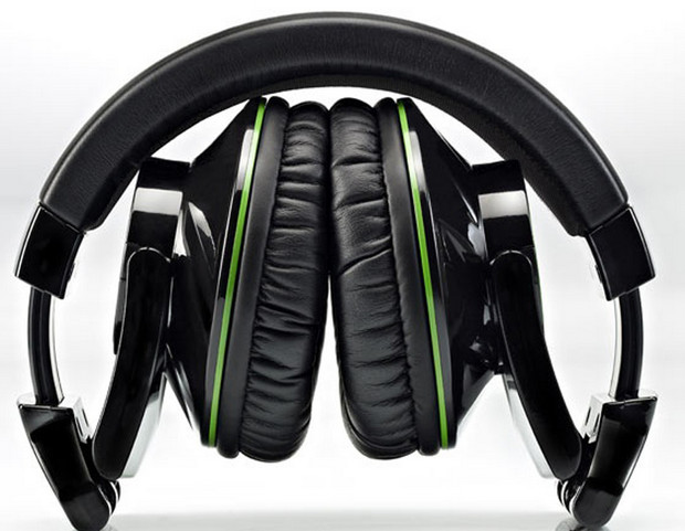 Hercules HDP DJ-Adv G501 headphones review - big on style, low on practicality
