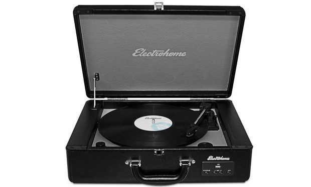 Go extra retro hipster with the Electrohome's Archer vinyl record player in a suitcase